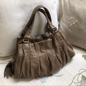 Beautiful soft Cole Haan large Phoebe satchel